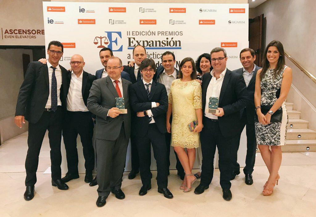 Expansión-socios-ECIJA-1-1024x704 ECIJA gana por segundo año consecutivo el Premio Expansión a la mejor firma en IP/IT/Protección de Datos y al proyecto más innovador del mercado español
